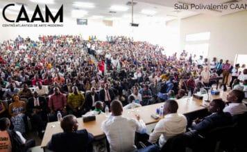 Cartel anunciador del curso 'Civilizacion negroafricana'.